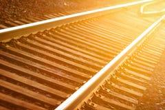 Binario ferroviario messo a fuoco De fotografie stock