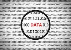 Binarny kod z dane i powiększać obiektywem royalty ilustracja