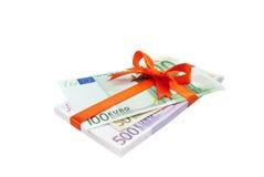 binded弓欧洲货币堆 免版税库存图片