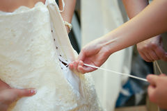 Bindung des Kleides Stockbild