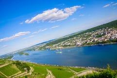 Bingen AM Ρήνος και ποταμός του Ρήνου, Ρηνανία-Παλατινάτο, Γερμανία Στοκ Φωτογραφία