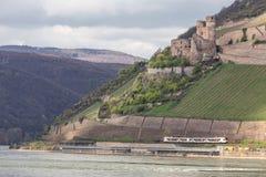 bingen Allemagne d'ehrenfels de ruine de château photos libres de droits