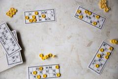Bingo παιχνιδιού στη οικογενειακή κατοικία Στοκ Φωτογραφίες