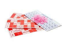 Bingo-Formulare und Spiel-Chips stockfoto