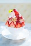 bingsu de croustillant de fraise Photographie stock