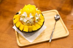 Bingsu del mango Imágenes de archivo libres de regalías