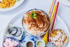 Bingsu lodu deser z kantalupem Zdjęcia Stock
