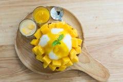 Bingsu mango Royaltyfri Foto