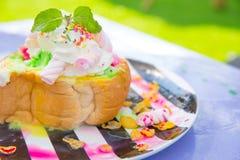 Bingsu-Nachtisch, Sommersaison versüßen asiatischen Lebensstil lizenzfreie stockfotos