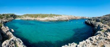 Binidali海滩在Menorca,西班牙 免版税库存照片