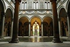 Binnen binnenplaats van Medici Paleis, Florence royalty-vrije stock afbeeldingen