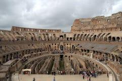 Binnen Colosseum stock afbeelding