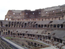 Binnen Colosseum - Rome stock afbeelding