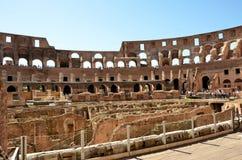 Binnen Colosseum van Rome royalty-vrije stock afbeeldingen