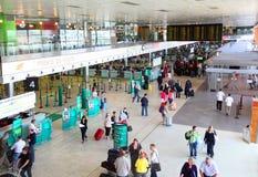 Binnen de bouw van Luchthaven Royalty-vrije Stock Afbeeldingen