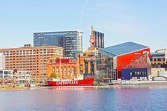 Binnen de Havenoriëntatiepunten van Baltimore tijdens de winter Stock Foto