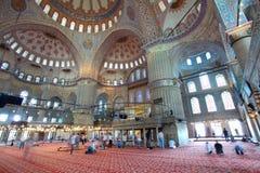 Binnen de Islamitische Blauwe moskee in Istanboel Royalty-vrije Stock Foto's
