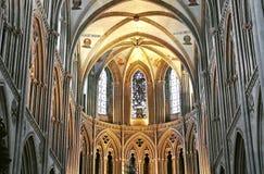 Binnen de kathedraal in Bayeux. royalty-vrije stock foto's