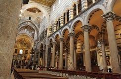 Binnen de Kathedraal van Pisa Royalty-vrije Stock Afbeeldingen