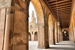 Binnen de moskee van Ibn Tulun Stock Fotografie