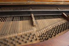 Binnen piano stock afbeeldingen