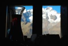 Binnen een berghut stock afbeeldingen