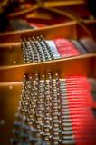 Binnen een grote piano Royalty-vrije Stock Afbeelding