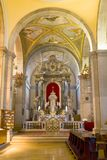 Binnen een kathedraal Royalty-vrije Stock Foto
