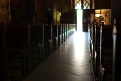 Binnen een kerk Royalty-vrije Stock Foto's