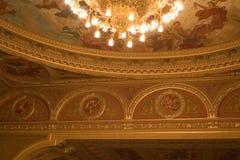 Binnen een oud theater stock afbeelding