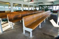Binnen een Veerboot van een Veerbootrit aan Whidbey-Eiland van Mukilteo op Mooi Sunny Winter Morning Stock Afbeelding