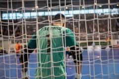 Binnen footsal gelijke van nationale teams van Spanje en Brazilië bij het Multiusos-Paviljoen van Caceres royalty-vrije stock foto