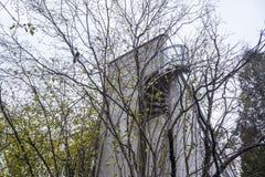 Binnen gebouwde huizen de jaren '20 en de jaren '30 van de 20ste eeuw in stad Warshau, Polen Stock Foto