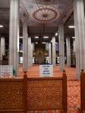 Binnen Grote Blauwe Moskeemening bij gesloten voor toeristenstreek Slechts moslim royalty-vrije stock foto's
