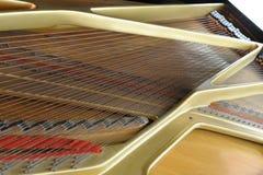 Binnen grote piano Stock Afbeeldingen