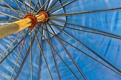 Binnen het Blauwe Zonnescherm. Royalty-vrije Stock Foto's