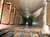 Binnen het opzetten van schachtdam in Brno Stock Foto