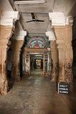 Binnen Hindoese tempel Stock Foto's