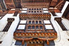 Binnen Lhuentse Dzong in Oostelijk Bhutan - Azië Royalty-vrije Stock Foto's