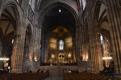 Binnen mening van de middeleeuwse Kathedraal van Straatsburg Stock Foto's
