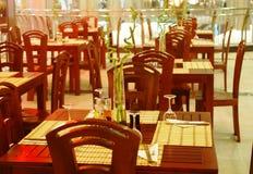Binnen restaurant Royalty-vrije Stock Afbeeldingen