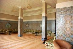 Binnen traditioneel Arabisch huis Stock Afbeeldingen