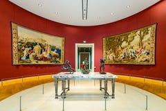 Binnen van het Louvremuseum Stock Foto