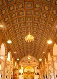 Binnen van Katholieke kerk Royalty-vrije Stock Fotografie