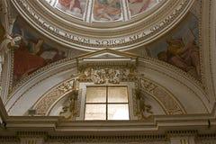 Binnen van kerk, Umbrië Royalty-vrije Stock Afbeeldingen