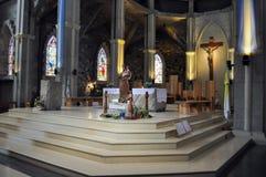 Binnen van Kerk van Onze Dame van Nahuel Huapi Kathedraal in San Carlos de Bariloche Stock Foto's