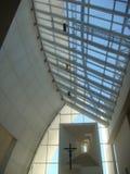 """Binnen van moderne kerk""""dives in Misericordia† van architecte Richard Meier rome Italië stock fotografie"""