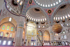 Binnen van Moskee Kocatepe in Ankara Turkije Royalty-vrije Stock Afbeelding
