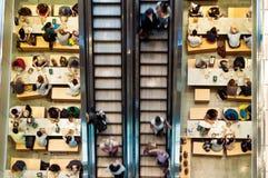Binnen van winkelcomplex in de Stad van New York Royalty-vrije Stock Foto