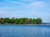 Binnenalster (lac intérieur Alster) dans le hdr de Hambourg Images stock